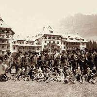 1911 Inaugurazione del Grand Hotel Carezza